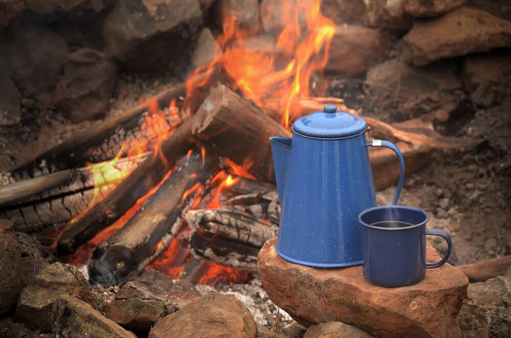 How to set a campfire